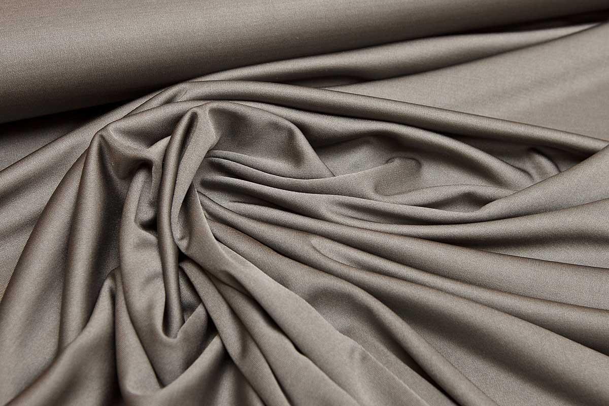 Разновидность шелка — бурет. Чем характеризуется ткань, каковы ее достоинства и недостатки?