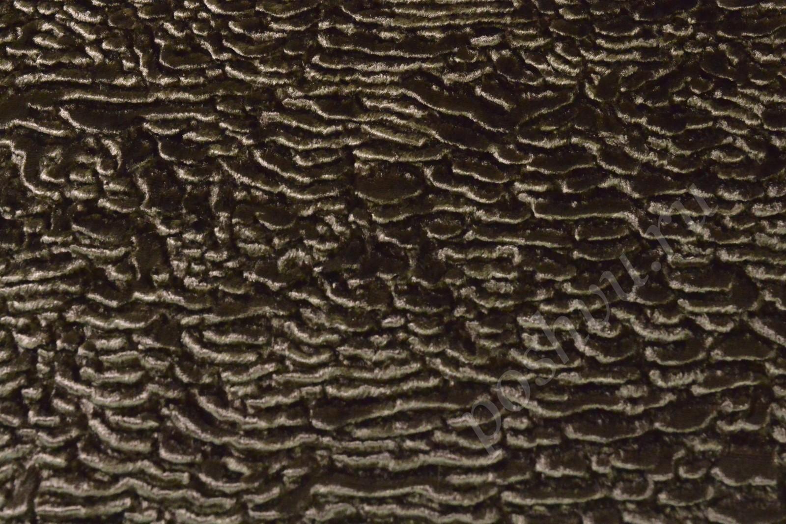 Натуральный каракуль: из чего его делают и как правильно ухаживать за мехом?
