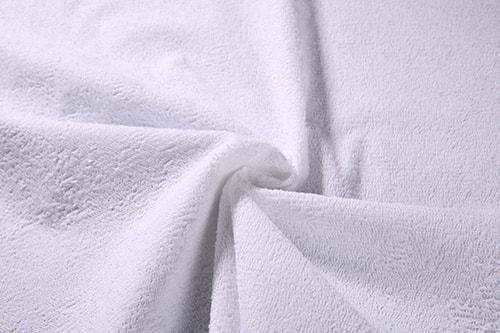 Каковы свойства махровой ткани? Как ухаживать за вещами из этого материала?