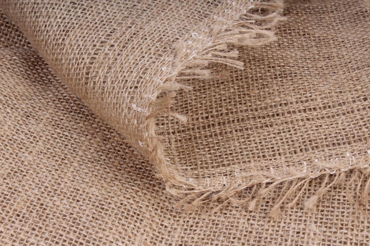 Что такое ткань мешковина? Какие есть виды материала и сферы его использования?