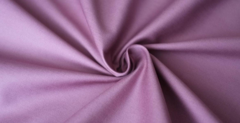 Что такое ткань сатин? Как ее изготавливают и какие у нее свойства?