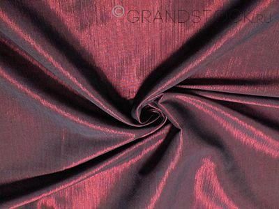 Какими свойствами знаменита глянцевая ткань тафта и где она применяется?