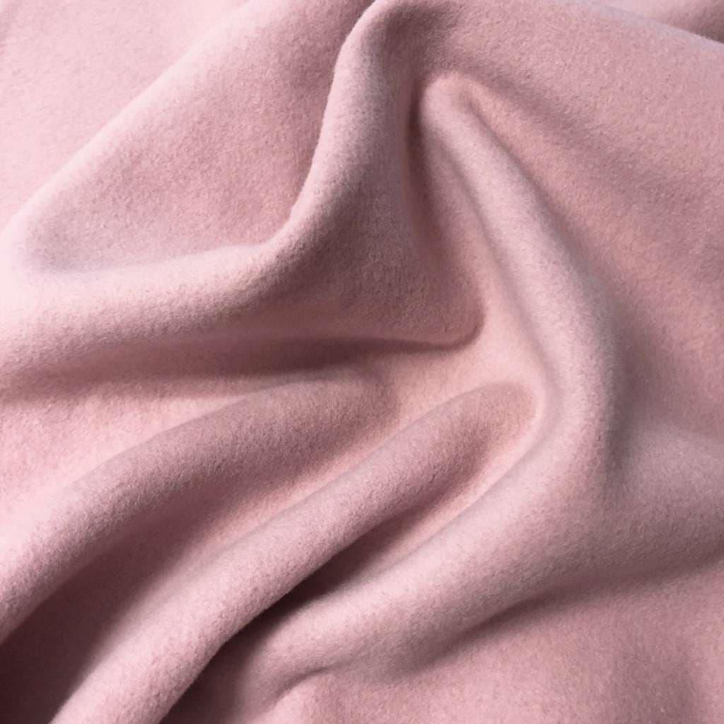 Какова характеристики мольтона? Где используют эту ткань?