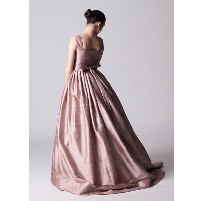 Платье из чесучи