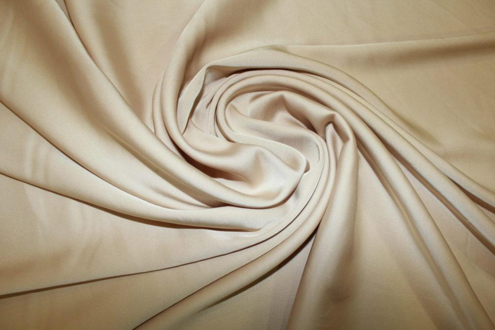 Шелк Армани – что за ткань, свойства и характеристики. Какие вещи шьют из нее?