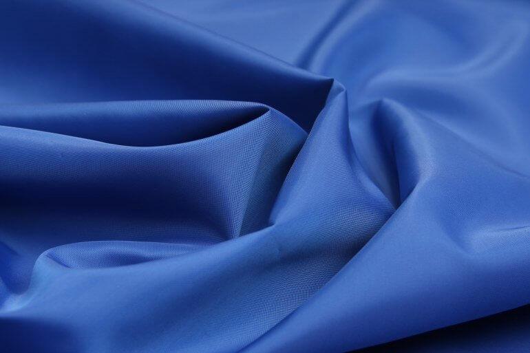 Таффета — что это за ткань? Особенности и правила ухода за тканью