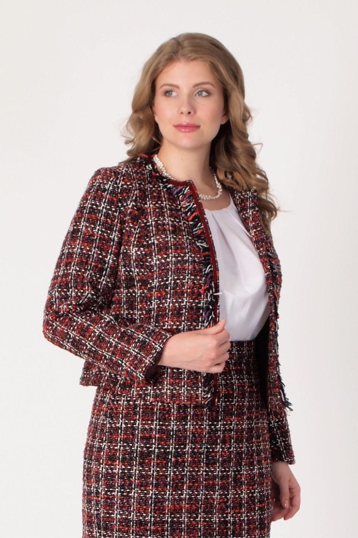 Твидовый женский костюм