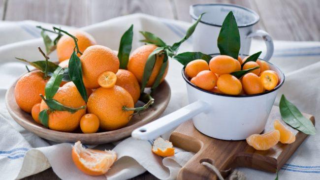 Способы быстрого устранения пятен мандарина с одежды,  стен или мебели