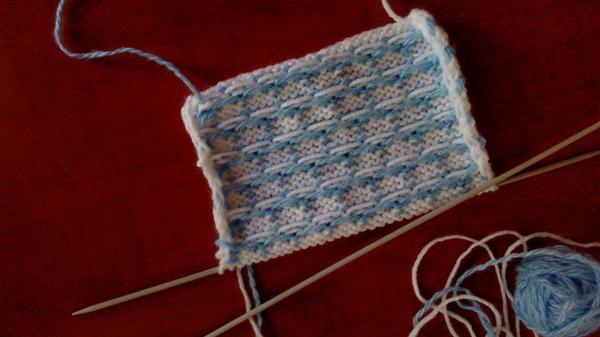 Двухцветный жаккард спицами — схема для вязания и пошаговое описание работы
