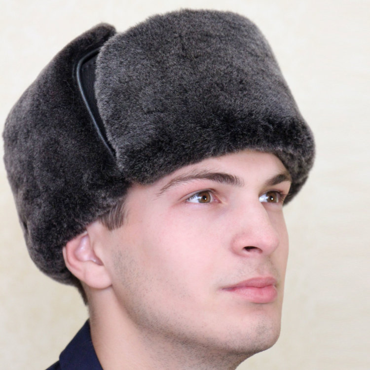 Мужская шапка ушанка