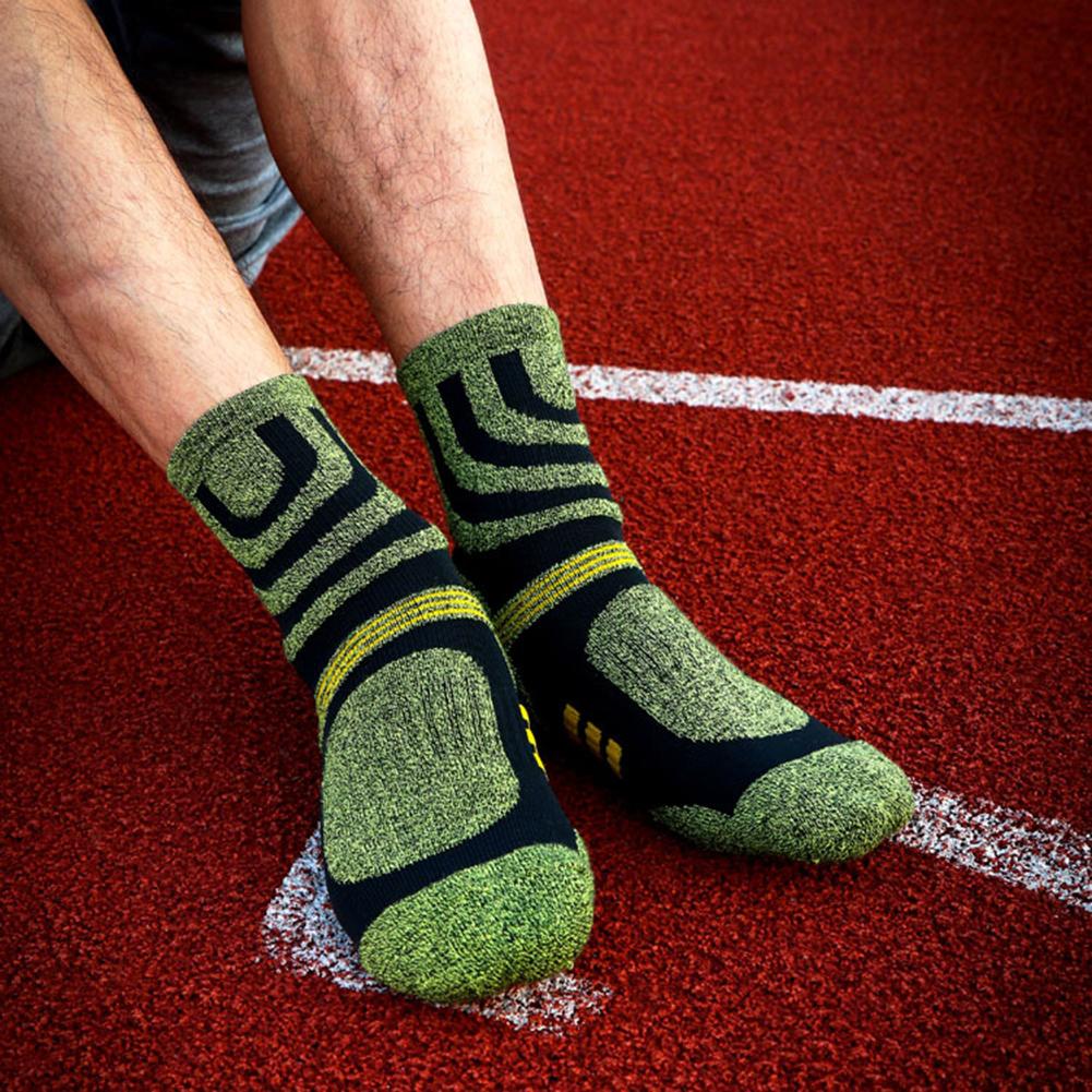 Варианты мужских носок