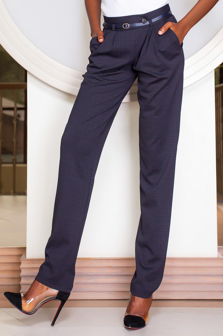 Важная часть гардероба: как узнать размер женских брюк?